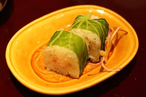 のどぐろと葉ワサビの蒸し寿司