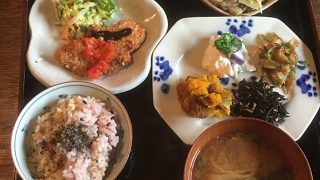 母娘が作る心温まる古民家菜食料理『いな暮らし』 稲城・東京